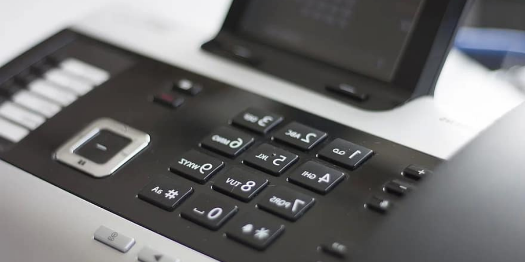 7 reasons for small businesses to switch to VoIP