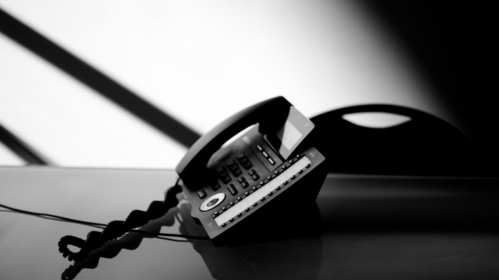 Cost comparison of VoIP phone vs traditional phone line