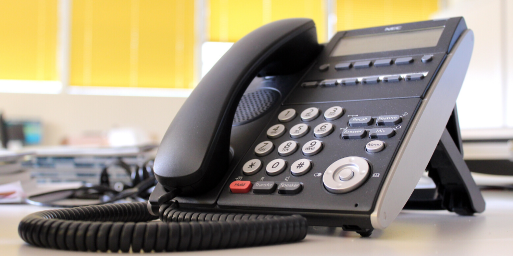 Why 2020 is the time for small businesses to switch to VoIP